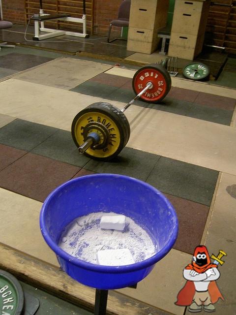 magnezyum-tozu-magnesium-carbonate-gym-chalk.jpg