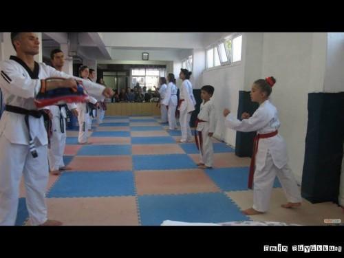 eminbuyukkurttaekwondoIsparta9-Kopya.jpg